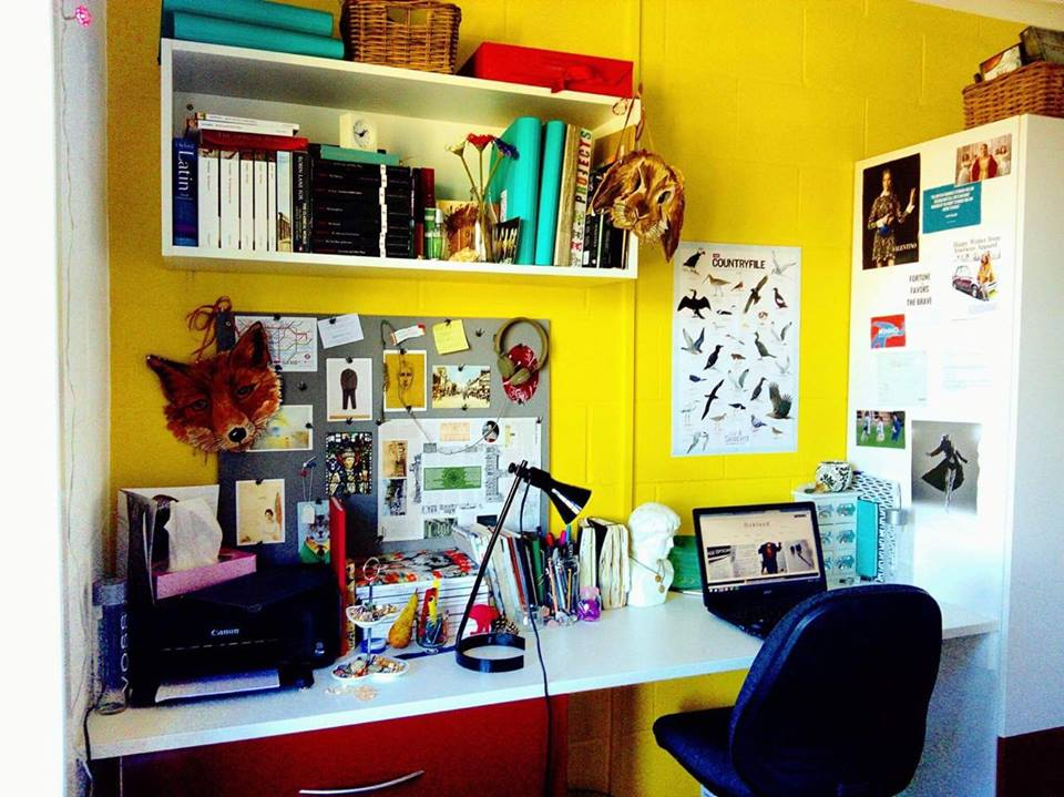Personalise your work space with artistic inspiration